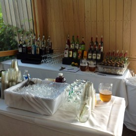 Liquor, Wine, Beer & Beverage Service
